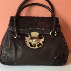 Puntotres all leather handbag